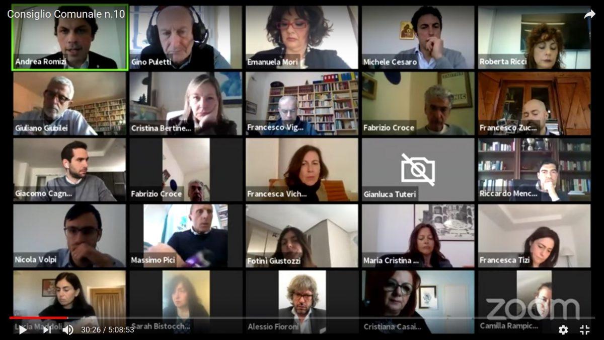 Il consiglio comunale di Perugia in videoconferenza ai tempi del coronavirus