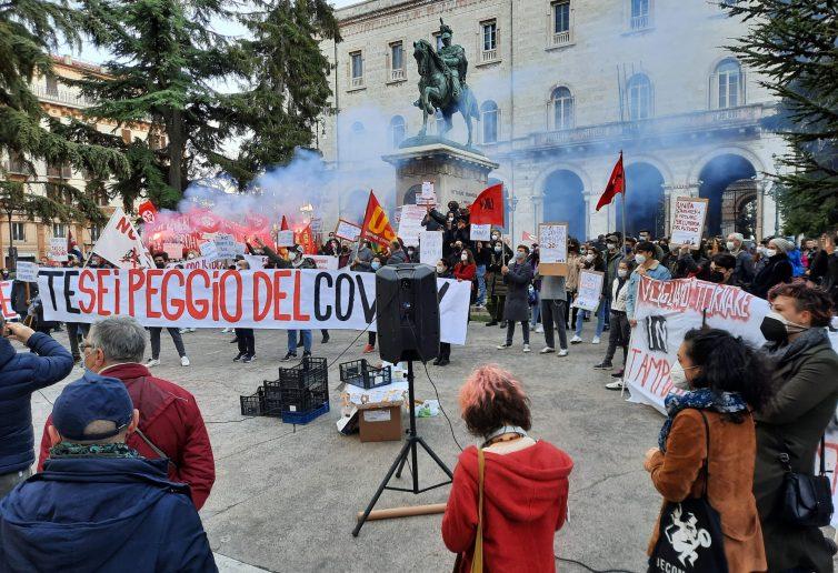 Manifestazione durante la pandemia