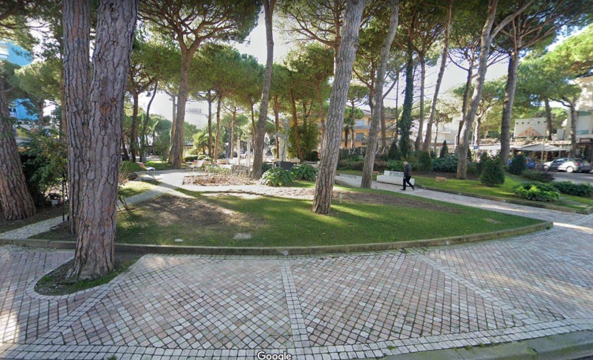 La rotonda I Maggio a Milano Marittima