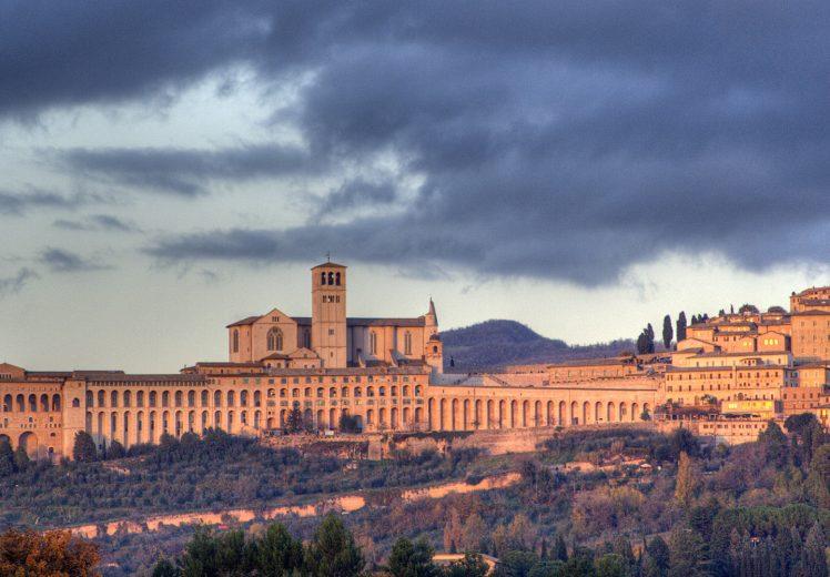 Una veduta di Assisi